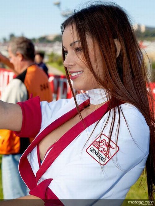 100 Hot MotoGP Girls (Paddock Photo Gallery)